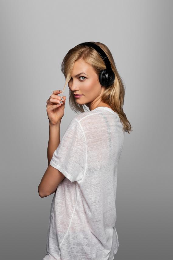 Beats-by-dre-got-no-strings-headphones-casque-sans-fil_Karlie_Kloss Beats by Dre : Casting all star pour la campagne « Got No Strings »