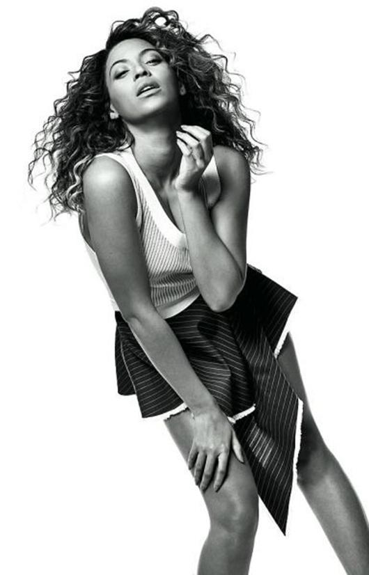 Beyonce-Vogue-UK-2 Beyonce en couv' de vogue UK mai 2013