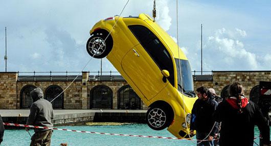 Fiat-Immigrants-500_2_timodelle Cap sur le soleil avec la nouvelle FIAT 500 S