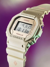 G SHOCK PIGALLE collaboration montre casio blanc pastel