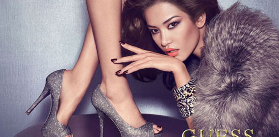 Juliana Imai Sandrah Hellberg Guess Accessories une
