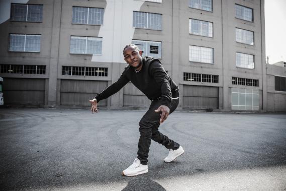 Kendrick-Lamar-Reebok-Classic-Leather-Sneakers-03 Kendrick Lamar ambassadeur de la Reebok Classic Leather