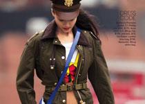 Lily Zhi pour Teen Vogue Novembre 2012 par Hans Feuer