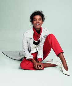 Liya Kebede pour Amazone Mode Filippa K Maxi Trench Marc Cain Jacket  Marc Cain Trousers