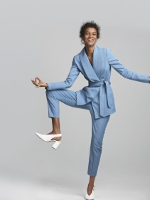 Liya Kebede pour Amazone Mode GESTUZ two piece suit