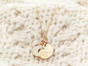 Merci Maman Les Louves collier nouvelle lune personnalise 05