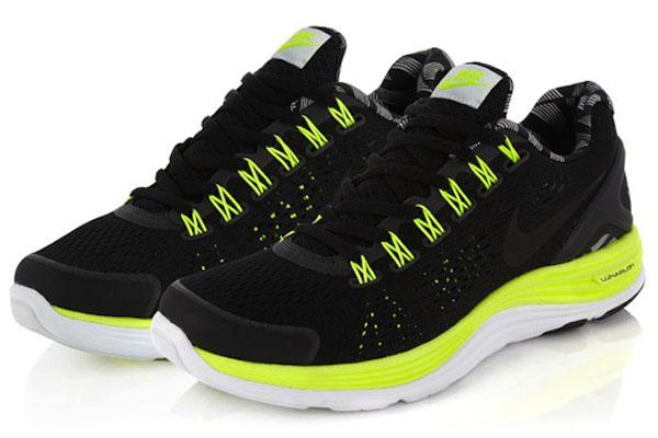 Nike-Liberty-London-AW12-14 Collection sneakers Liberty Of London & Nike