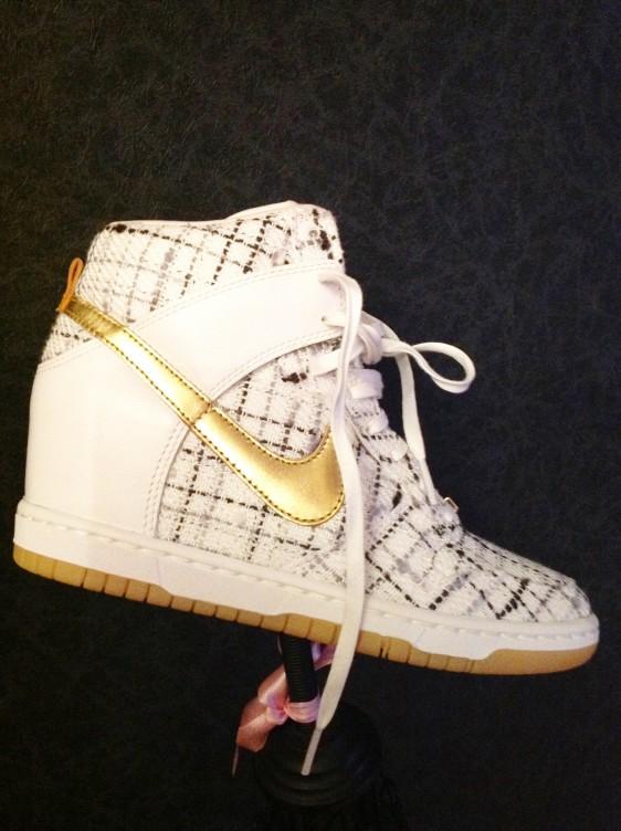 Nike-Sky-Hi-Dunk-City-Pack-Paris-Timodelle-Aissata-1