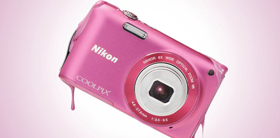 Nikon coolpix une