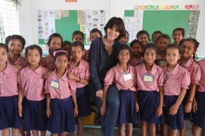 Only Noa Tina Kieffer association Toutes a lEcole Cambodge