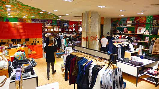 Urban-Outfitters-x-Galeries-Lafayette-P1000146 Le corner Urban Outfitters aux Galeries Lafayette est enfin ouvert !