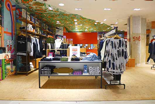 Urban-Outfitters-x-Galeries-Lafayette-P1000234 Le corner Urban Outfitters aux Galeries Lafayette est enfin ouvert !