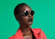 Ajak Deng pour le Lookbook Nasty Gal
