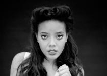 Angela Simmons par Clément Pascal pour Ladygunn Magazine