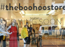 Boohoo ouvre un pop-up store à Paris