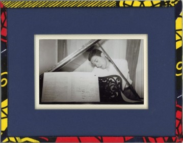 cadres photos wax Mathieu Salsi Photo ancienne papier bleu naturel papier moutarde tulle ivoire