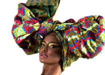 Attaché de foulard Duku Crowns by Printex Ghana
