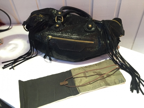 ma-pochette-a-collants-accessoire-indispensable-hosiery-tights-Kenya-02 Ma Pochette à Collants, un nouvel indispensable mode