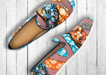 Les mocassins Maison Galet se parent de wax Vlisco