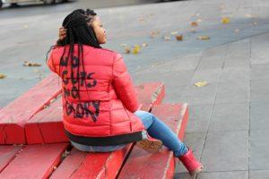 no guts no glory pullin doudoune rouge place republique 01