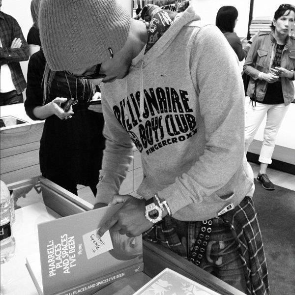 pharell_book_colette Save the Date : Pharrell Williams chez Colette le 10 novembre 2012