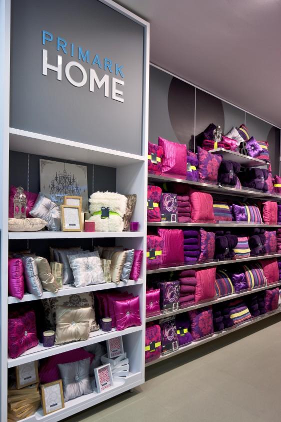 primark-marseille-home-e1383001024482 Primark arrive en France et ouvre sa première boutique à Marseille le 16 décembre