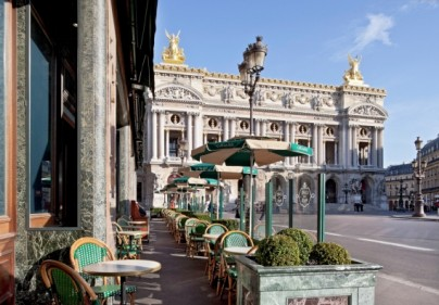 rendez vous du coeur Cafe de La Paix ines de la fressange Terrasse