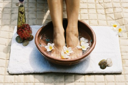 soin beaute pieds douleur talons scholl