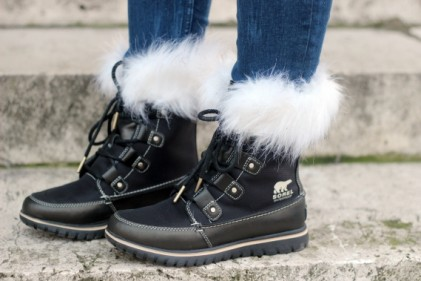 sorel joan of artic fur boots forever  teddy bear coat camouflage walking on a cloud