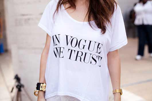 timodelle tshirt message in vogue we trust