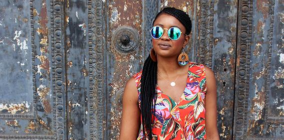 tropical chic dress Une