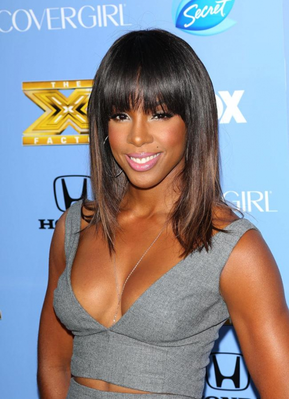 wonderbra journee decollete Kelly Rowland